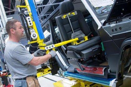 Magna pierde 326 millones hasta junio por la caída de la producción de vehículos a nivel mundial