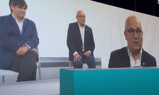 El exconseller Lluís Puig, elegido presidente de la Mesa del congreso del nuevo JxCat, interviene en el acto de presentación del partido.
