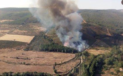 Protección Civil y Emergencias alerta a gran parte de la Península y Baleares por temperaturas muy altas y por incendios