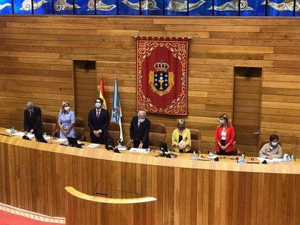 Santalices, reelixido presidente do Parlamento cos votos do PPdeG