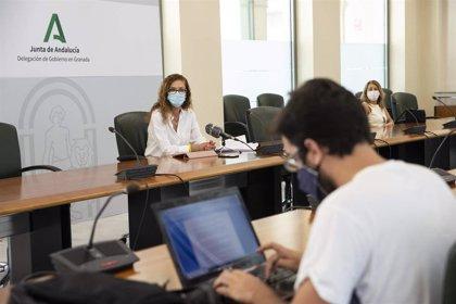 La Junta prepara 320.000 mascarillas al mes para los centros educativos de Granada