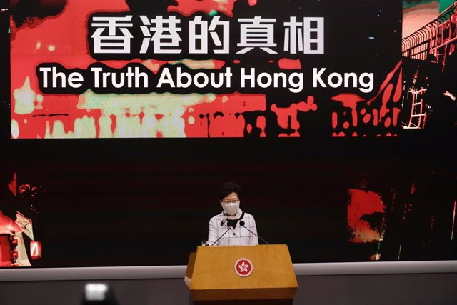 China/EEUU.- EEUU sanciona por represión a la jefa ejecutiva de Hong Kong y a ot