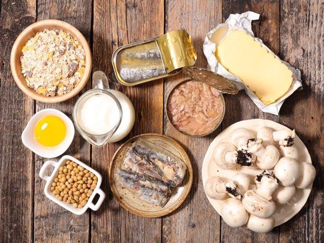Food high in vitamin D  Comida con alto contenido en vitamina D