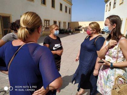 Ayuntamiento de Almonte (Huelva) y Consulado de Rumanía buscan solución a la ocupación de viviendas por compatriotas