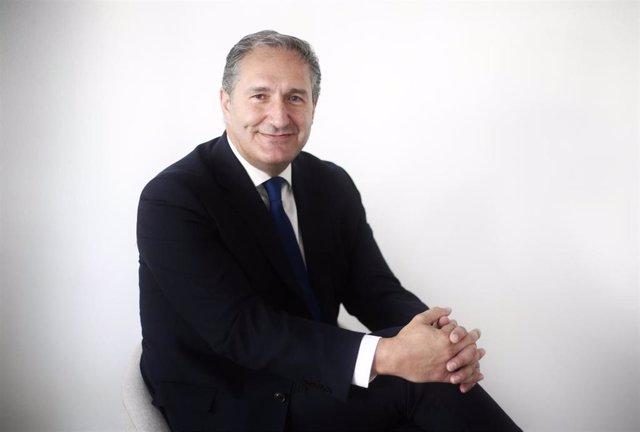 El portavoz adjunto del PSOE en la Asamblea de Madrid, José Cepeda, posa tras una entrevista para Europa Press, en Madrid (España), a 31 de julio de 2020.