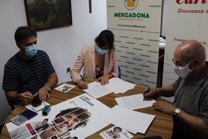 Mercadona y Cáritas renuevan su convenio para la entrega diaria de productos a los comedores sociales