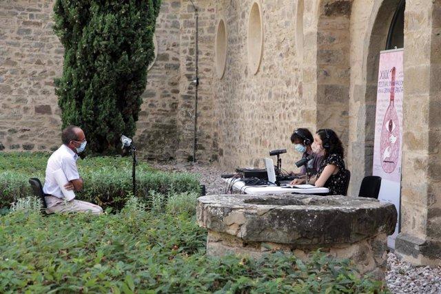 La DPH presenta su proyecto de podcast 'Huesca 858. Los Caminos de Santiago en el Alto Aragón'.