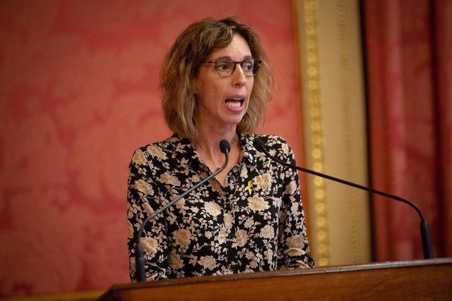 La consellera d'empresa i Coneixement de la Generalitat, Àngels Chacón (ARXIU)