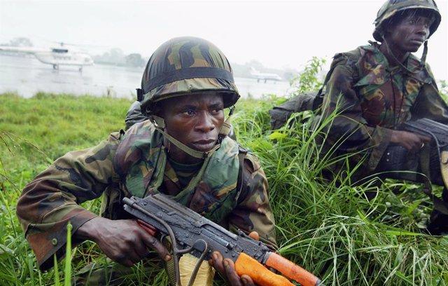 Nigeria/Camerún.- Cerca de cien miembros de Boko Haram y rehenes del grupo se en