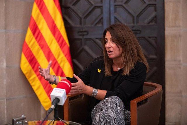 La consellera de la Presidència de la Generalitat, Meritxell Budó, durant l'entrevista