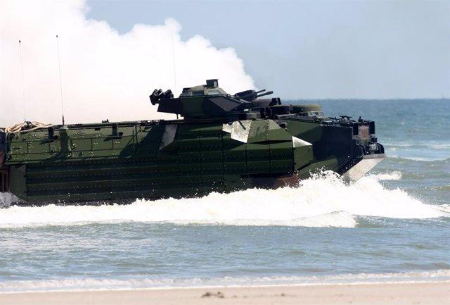 EEUU.- Recuperan los cuerpos de ocho militares estadounidenses tras un naufragio