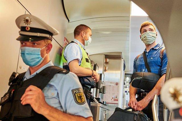 Alemania.- La Policía alemana investiga amenazas de bomba contra varias agencias