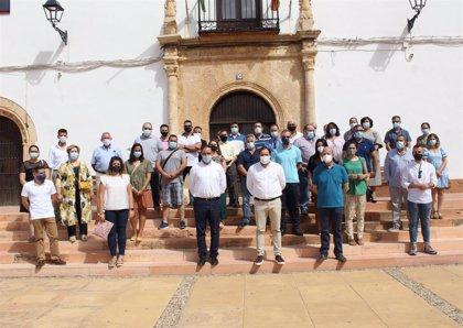 """Núñez dice a los castellanomanechegos que aunque """"Page esté de vacaciones"""" pueden contar con el PP"""