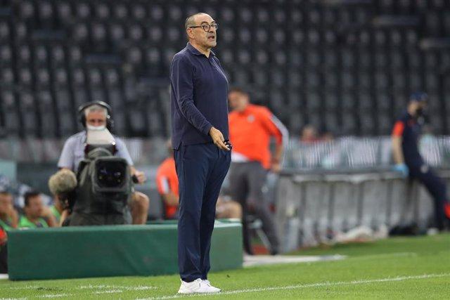 Fútbol.- La Juventus destituye a Maurizio Sarri tras la eliminación europea