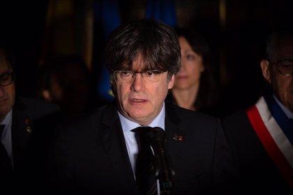 """Carles Puigdemont: Pere Casaldàliga recurrió al Evangelio """"en favor de los derechos humanos"""""""