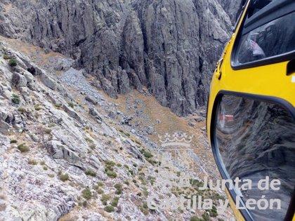 Rescatado un escalador con heridas en la cabeza en el Risco de Villarejo (Ávila)