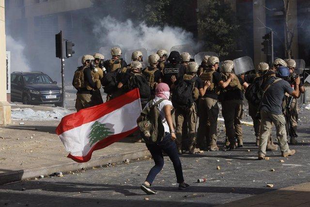 Líbano.- Un policía muerto y más de 700 heridos tras una nueva jornada de protes