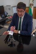 Marín, satisfecho con la implicación del Gobierno en inmigración, prevé un importante aumento de pateras