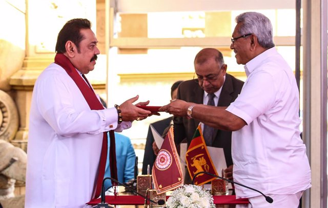 Sri Lanka's prime minister sworn in after record victory at polls