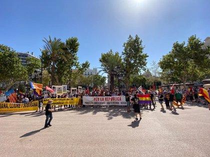 """Una concentración reivindica en València que """"es el momento"""" de """"poder elegir libremente el modelo de Estado"""""""