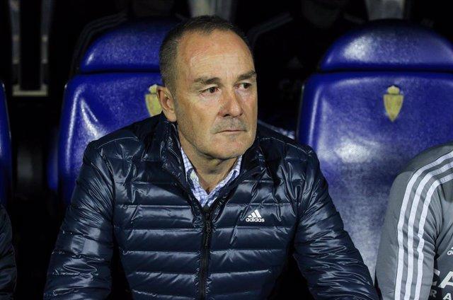 Víctor Fernández durante un partido del Real Zaragoza