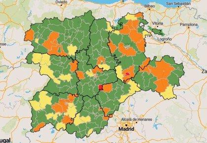 CyL cierra la semana con tres confinamientos, 47 zonas en riesgo y el triple de contagios
