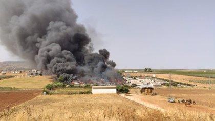 Declarado un incendio en un camping de Mollina (Málaga)