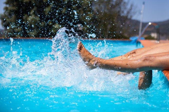 Piscina, verano, agua.