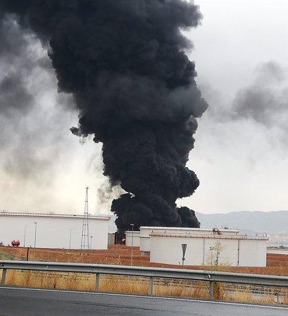 Gobierno C-LM activa el Plan de Emergencia Exterior tras el incendio declarado en Repsol Puertollano