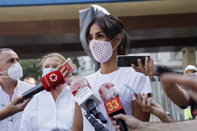 La vicealcaldesa de Madrid, Begoña Villacís, ofrece declaraciones a los medios de comunicación.