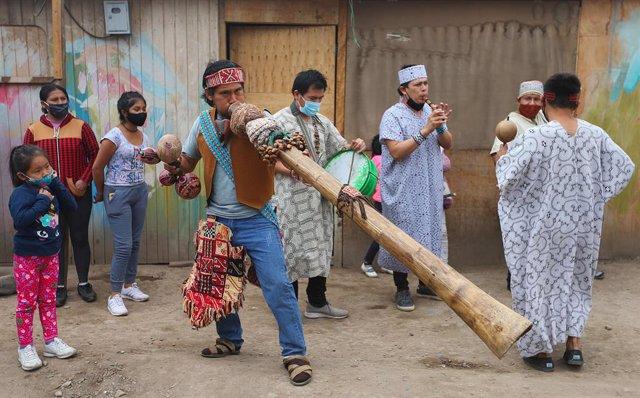 Perú.- Mueren tres indígenas en un enfrentamiento con la Policía en un campo pet