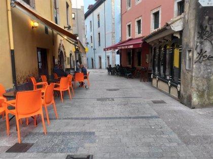 Hosteleros gallegos afirman que en Asturias están actuando para eliminar las restricciones en el ocio nocturno