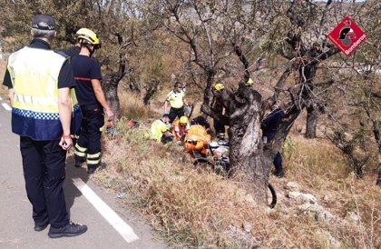 Muere un ciclista de 65 años tras caer por un desnivel de tres metros en Gata de Gorgos