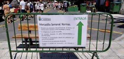 El mercadillo semanal de Laredo reanuda su actividad al cien por cien
