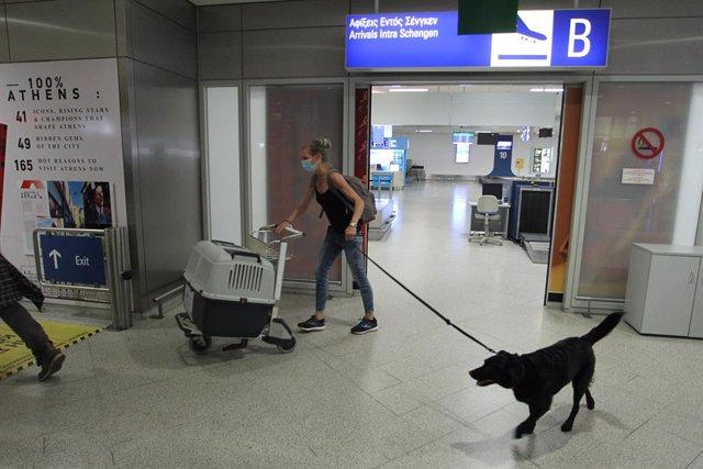 Coronavirus.- Grecia obligará a los viajeros que lleguen de España a presentar u