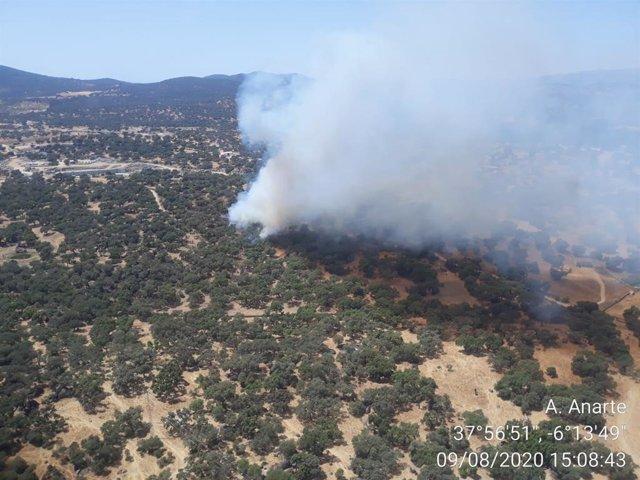 Incendio en Santa Olalla de Cala