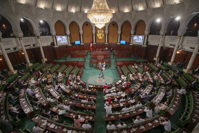 Túnez.- El primer ministro designado dice que formará un Gobierno tecnócrata ant