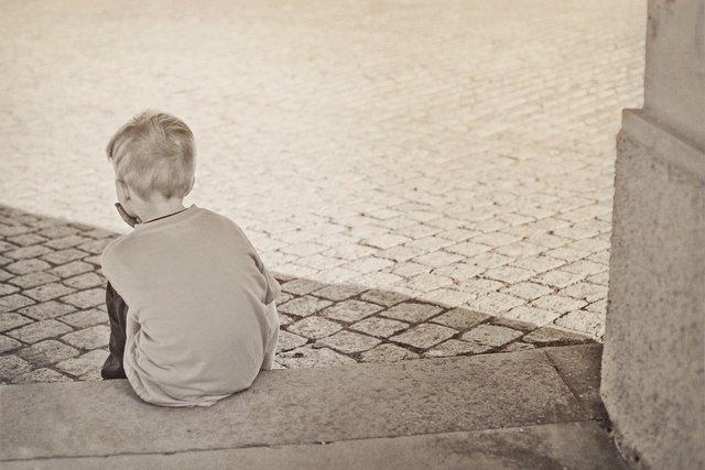 Las relaciones sólidas en la edad adulta no 'arreglarán' los efectos de la adver