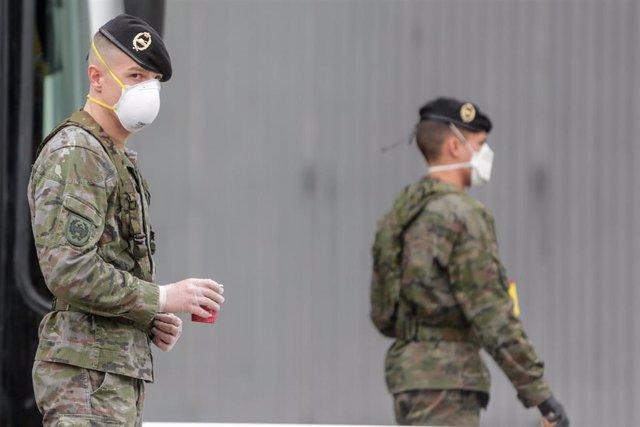 Militares del ejército.