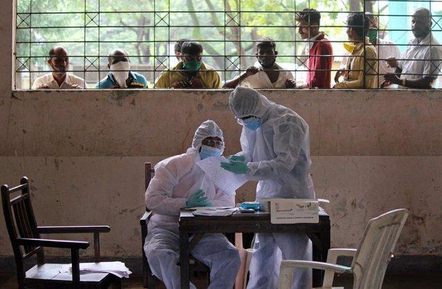 Coronavirus.- India encadena una semana con las mayores tasas de contagio de cor