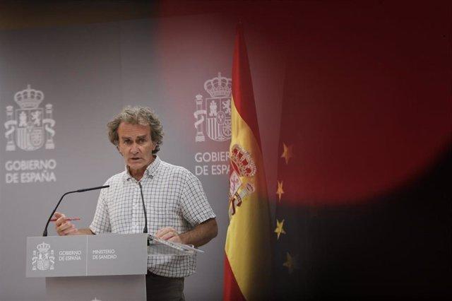El director del Centro de Coordinación de Alertas y Emergencias Sanitarias, Fernando Simón, ofrece una rueda de prensa para informar de la evolución de la COVID-19, en la Sede del Ministerio de Sanidad, en Madrid (España) a 6 de agosto de 2020.