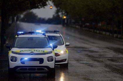 Detienen 'in fraganti' a un joven de 21 años por atracar a un grupo de menores en Alcorcón