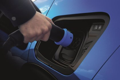 El parque de automóviles eléctricos crecerá un 40% este año, hasta 78.400 unidades