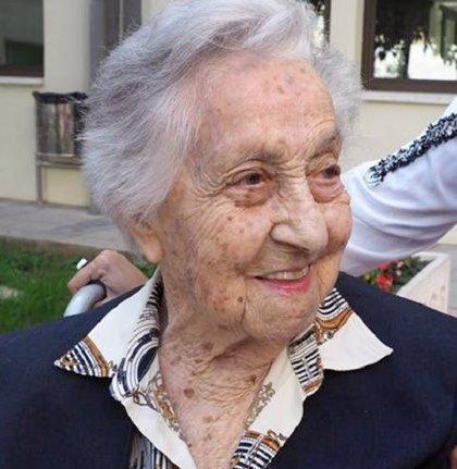 La persona más longeva de España, con 113 años, y superviviente del COVID-19 da nombre a un estudio en residencias