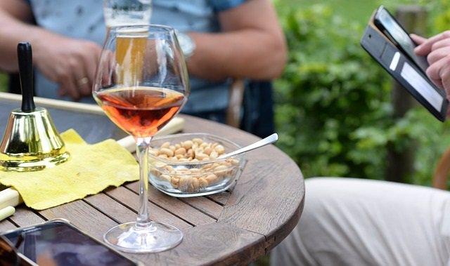 Apetitivo, alcohol, cacahuetes, vino, copa, bebida