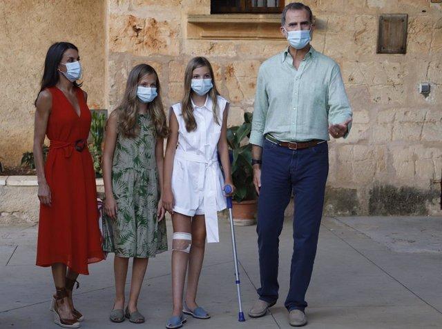 Convocan manifestaciones a favor y en contra de la monarquía en Menorca con moti