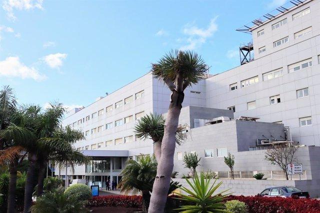Entrada principal del Hospital Universitario Ntra. Sra. De Candelaria