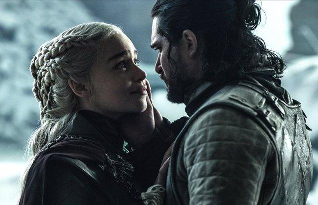 Jon Snow y Daenerys en Juego de tronos