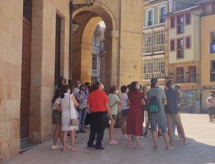Asturias informa de once nuevos positivos, seis vinculados con dos brotes activos