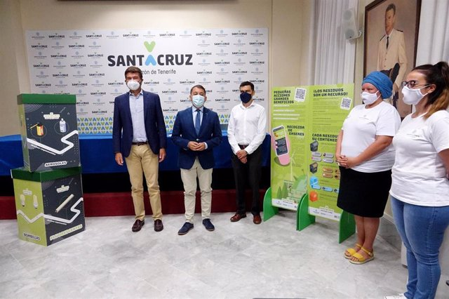 El Ayuntamiento de Santa Cruz de Tenerife presenta una campaña para promover el reciclaje y la limpieza en el municipio